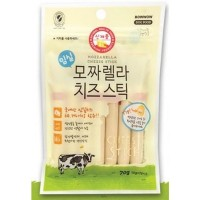 Bow Wow Stick Mozzarella Cheese Dog Treats 70g