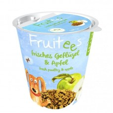 Bosch Finest Snack Fruitees Fresh Poultry & Apple Dog Treats 200g